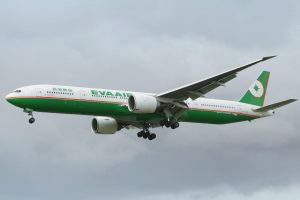 eva_air_b777-35eer_b-16708_lhr